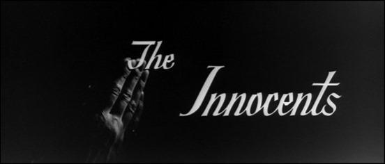 Las manos de Deborah Kerr en los créditos de ¡Suspense!