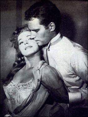 Cuando Charlton y Eleanor Parker se abrazan... ruge la marabunta