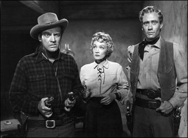 El trío protagonista de Encubridora, o sea, Arthur Kennedy, M. Dietrich y Mel Ferrer