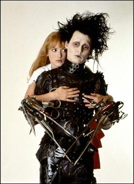 Johnny Depp y Winona Ryder, como Edward y Kim