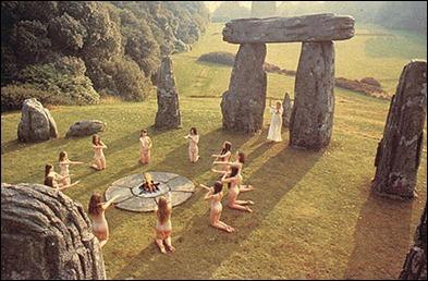 Nudismo y paganismo
