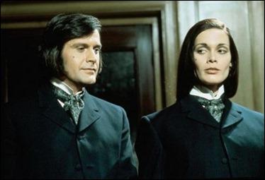 Ralph Bates y Martine Beswick, o sea, el doctor Jekyll y su hermana