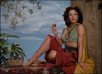 Hedy Lamarr como Dalila