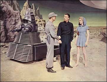 Leslie Nielsen, Walter Pidgeon y Anne Francis en la superficie del Planeta Prohibido