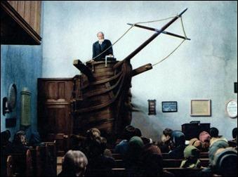 Orson Welles como el padre Mapple y su púlpito con forma de proa