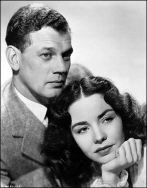 Joseph Cotten y Jennifer Jones en un retrato de estudio