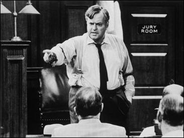 Orson Welles como el humanista abogado Wilk