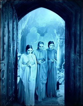 Las castas novias de Drácula en la versión Browning