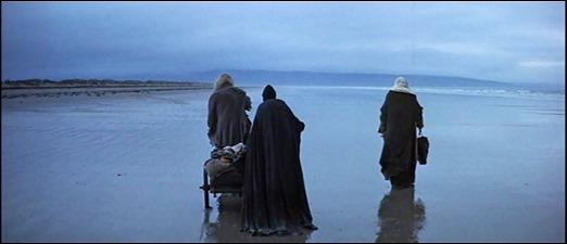 La playa donde comienza Macbeth, con las tres brujas