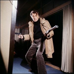 Robert Mitchum, pistolero en Tokio