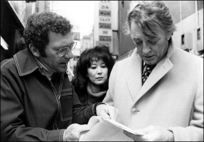 Sydney Pollack dirigiendo a Mitchum y a Keiko Kishi