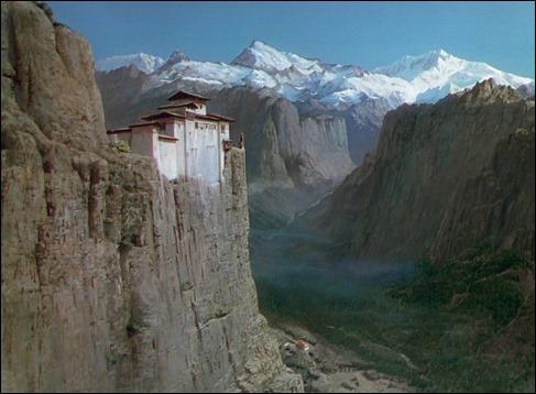 El convento al borde de las montañas de Narciso Negro
