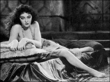 Kathleen Burke como la Mujer Pantera