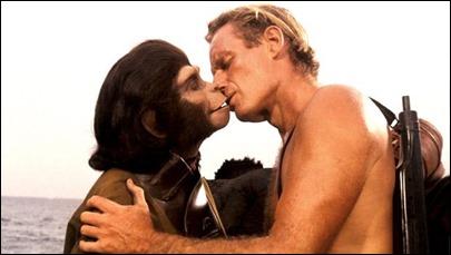 El entrañable beso final entre Taylor y Zira