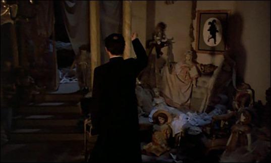 El final de la película sí muestra la Sala de las Muñecas