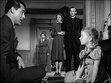 El ángel Cary Grant fascinando con su don para contar historias ejemplares