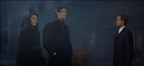 La aparición de la pareja vampírica formada por Aurora de Alba y Julián Ugarte