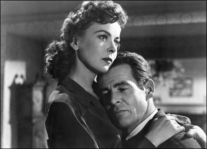 Ida Lupino y Robert Ryan, juntos en la casa en las sombras