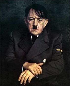 No, no es Hitler, es Alec Guinness