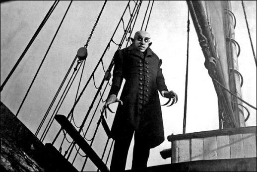 Nosferatu diezma a los tripulante del barco Empusa