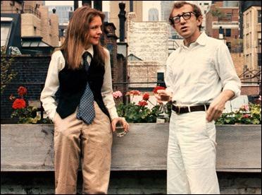 Diane Keaton y su supuestamente divertida-estilosa manera de vestir en Annie Hall
