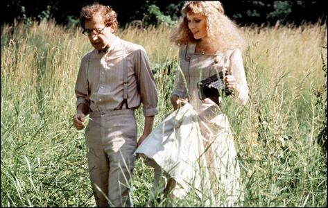 Woody Allen y Mia Farrow en La comedia sexual de una noche de verano