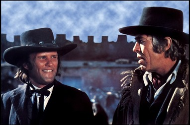 Kris Kristofferson y James Coburn, o sea, Billy the Kid y su ejecutor, Pat Garrett