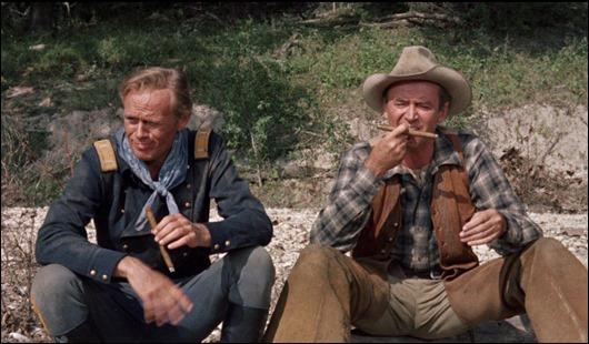 La mítica escena del río entre James Stewart y Richard Widmark en Dos cabalgan juntos