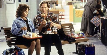 Rosie Perez como Carla y Jeff Bridges como Max, en Sin miedo a la vida