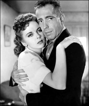 Bogart y Ida Lupino en El último refugio