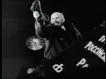 Lenin en su genial perorata de Octubre