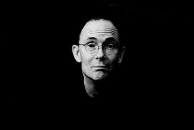 Intrigante fotografía de William Gibson
