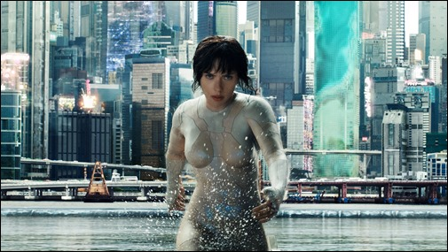 La mayor Mira Killian y la ciudad de Ghost in the Shell