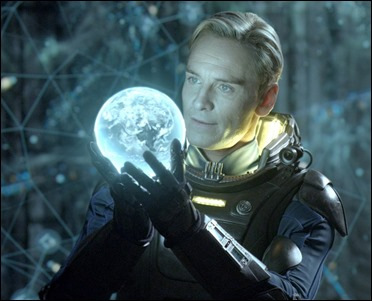 Michael Fassbender, interés doble de Alien Covenant