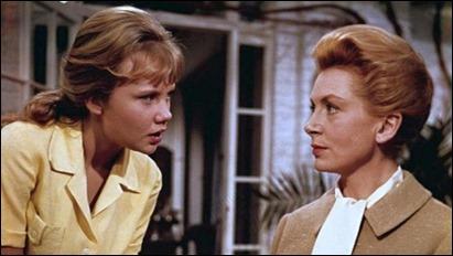 Hayley Mills y Deborah Kerr, las protagonistas de Mujer sin pasado