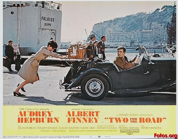 Audrey Hepburn se va a Francia: Charada y Dos en la carretera | La ...