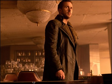 Ryan Gosling, un blade runner poco expresivo