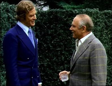 Michael Caine y Laurence Olivier en La huella