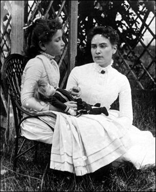 Las auténticas Helen y Ana