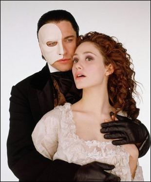 Muy feo este fantasma de la opera no parece ser