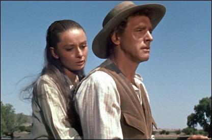 Audrey Hepburn y Burt Lancaster en Los que no perdonan