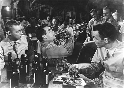 El soldado Prewitt tocando la trompeta