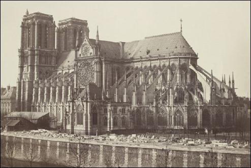 Fotografía de Notre Dame hacia mediados del siglo XIX