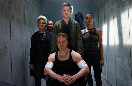 Los mutantes se disponen a luchar contra los D'Bari a bordo del tren que los llevaba a su prision