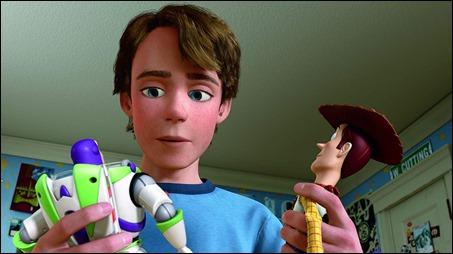 Dificil eleccion para Andy, que hacer con sus juguetes