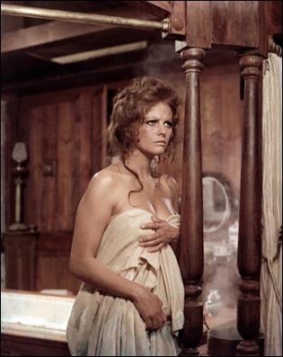 Archideseable Claudia Cardinale en Hasta que llego su hora