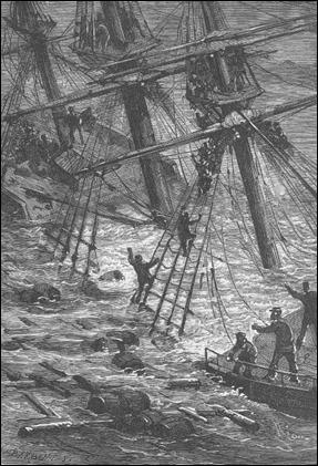 El mar comienza a inundar la cubierta de El Chancellor