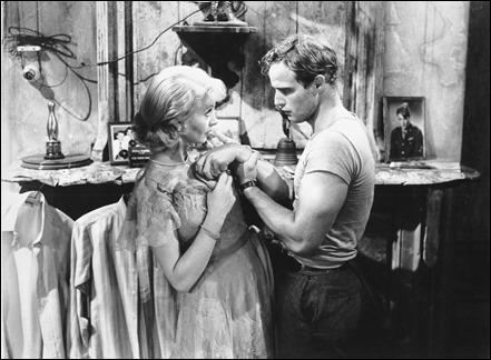 Marlon Brando y Vivien Leigh en Un tranvia llamado Deseo