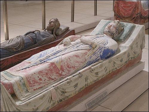 La tumba de Ricardo, en la abadía de Fontevrault