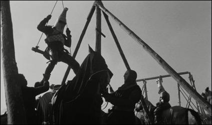 Los caballeros de pesadas armaduras izados a sus caballos